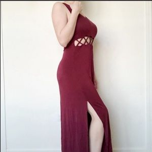 Forever 21 Dresses - Forever 21 Burgundy Cut Out Maxi Dress Size Large